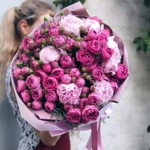 Сборный букет пионы и пионовидные розы R507