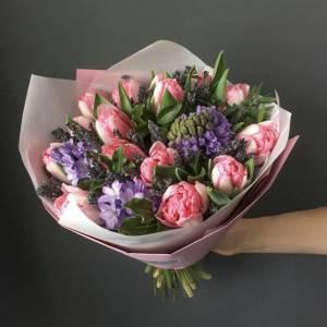 Сборный букет гиацинты и тюльпаны R1080